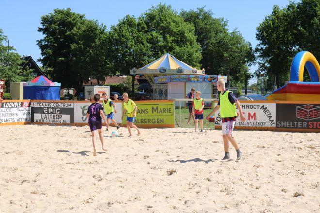 za2_voet-volleybal (1)