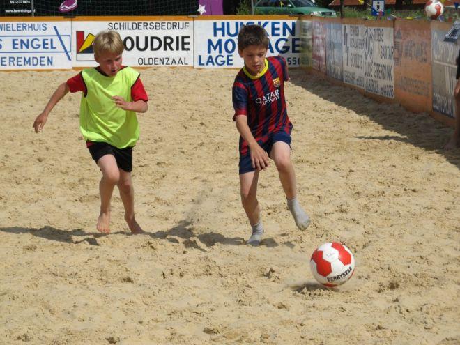za6_voet-volleybal (7)