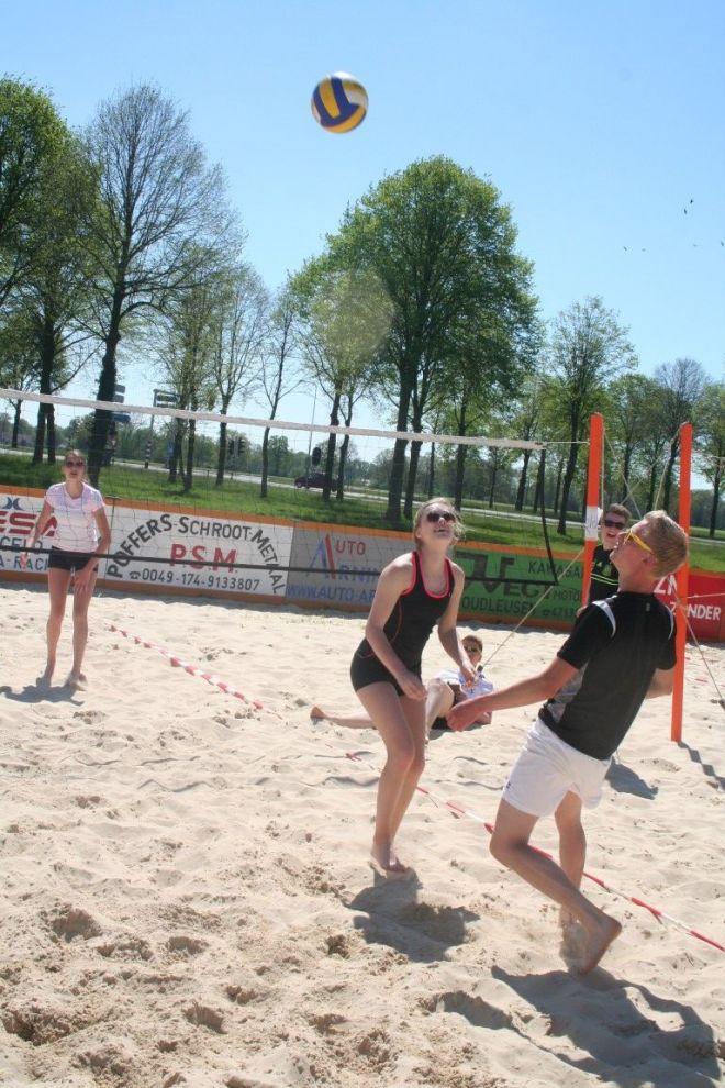 zo1_voet-volleybal (2)